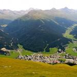 Davos von oben vom Weissfluhjoch aus gesehen